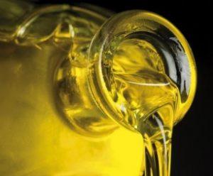 Los hogares españoles aumentaron su consumo de aceite de oliva en 2013.
