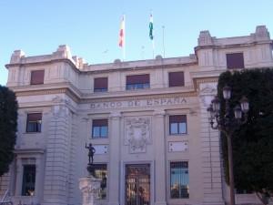 Fachada principal del Banco de España en Sevilla.