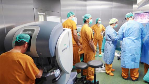 Una nueva cirugía robótica permite mayor éxito en las intervenciones a pacientes con graves problemas de obesidad