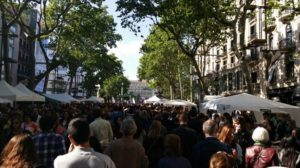 Día de San Jordi en Barcelona.