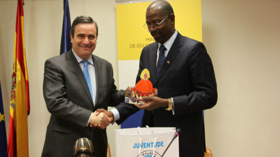 Firmado un acuerdo de colaboración deportivo entre España y Angola