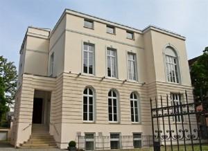 Fachada del edificio del IESe en Munich.