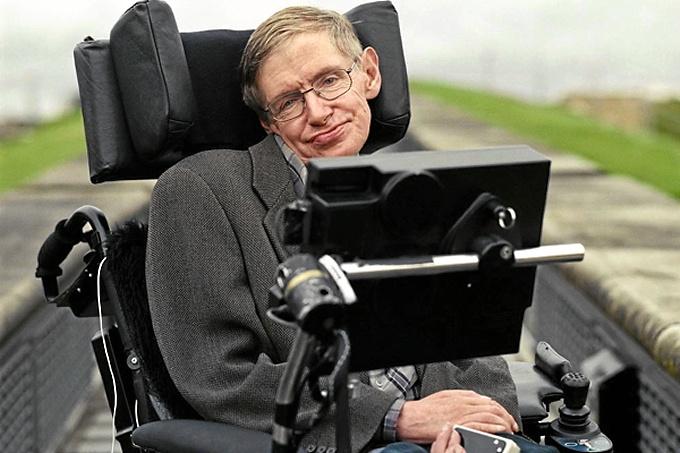 El científico Stephen Hawking. / Foto: epicrapbattlesofhistory.wikia.com
