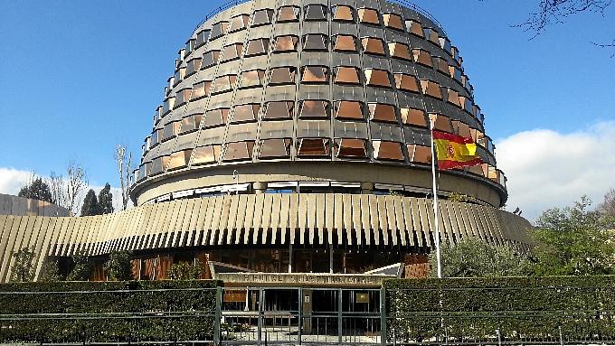 El Constitucional suspende el proceso de participación ciudadana del 9N