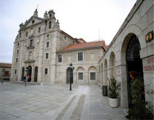 Iglesia y convento de Santa Teresa. Casa natal de Teresa de Ávila. / Foto:  www.huellasdesantateresa.com.