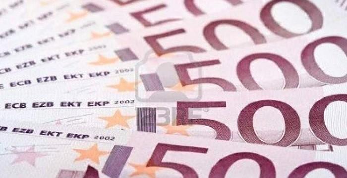 El Tesoro coloca 2.236 millones y vuelve a cobrar a los inversores por las letras a 3 y 9 meses
