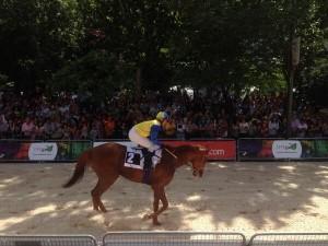 Una de las carreras que se han podido contemplar en el centro de Madrid. / Foto: Twitter Ana Pizarro