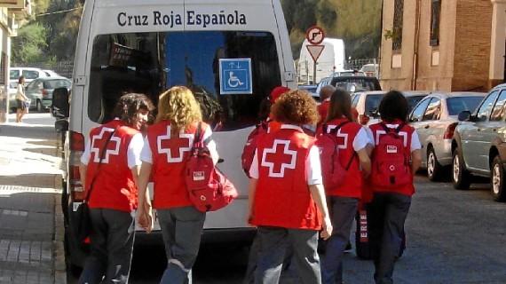 Cruz Roja ayudó a más de 700 familias con todos sus miembros en paro en 2014