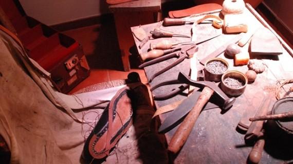 De la tradición artesanal a la especialización: el calzado de ayer y de hoy
