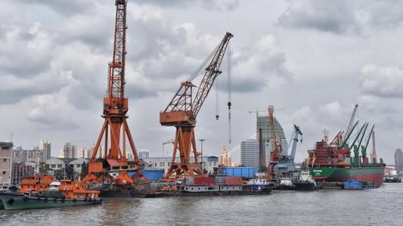 Los precios de exportaciones suben un 0,4% en febrero