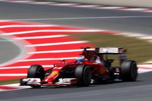 Alonso en el circuito catalán. / Foto: Facebook FernandoAlonsoOficial