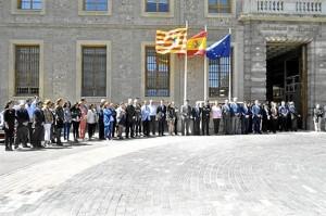 El Gobierno aragonés guarda un minuto de silencio.