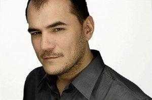 El cantante Ismael Serrano sacará próximamente nuevo disco.