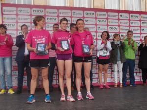 Las ganadoras de la competición solidaria.