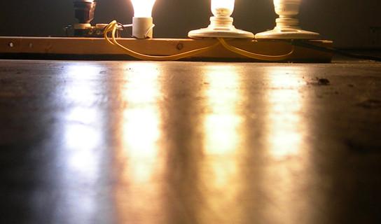 La devolución del recibo de la luz rondará los 16 euros por usuario con tarifa regulada