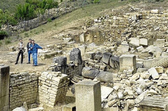 Excavaciones en Santa Criz.