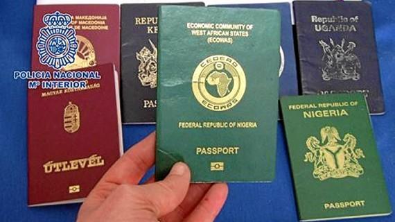 Detenidas 14 personas por estafar más de 235.000 euros mediante el método de las 'cartas nigerianas'