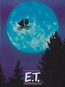 E.T. es una película estadounidense de ciencia ficción de 1982, co-producida y dirigida por Steven Spielberg.