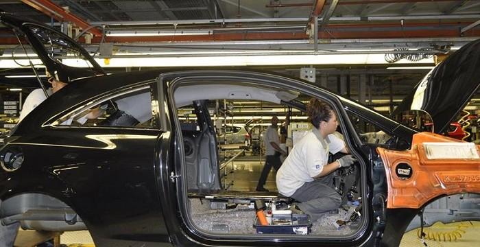 La producción industrial se dispara en marzo un 8,1%, su mayor crecimiento en seis años
