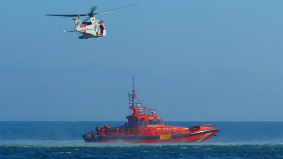Rescatado el tripulante de un velero francés que navegaba sin control a 80 millas de Vigo