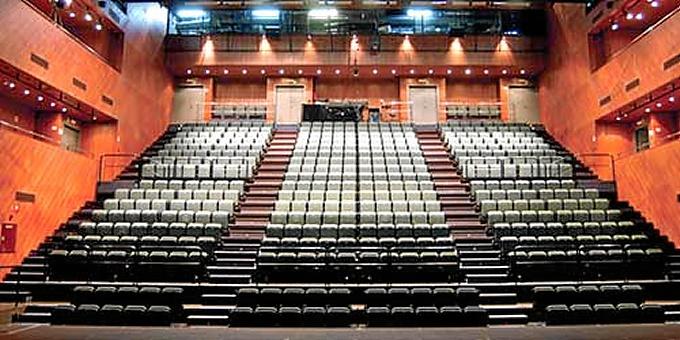 """El Teatro Central (Sevilla) Premio Max: fue una """"buena compra"""""""
