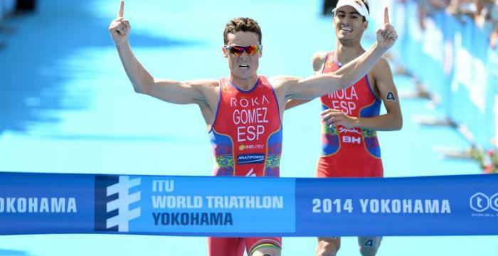 El triatleta gallego Gómez Noya logra su tercera victoria consecutiva en las Series Mundiales