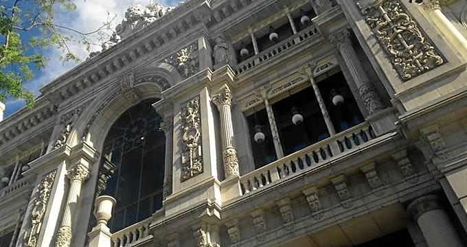 """El Banco de España destaca que el consumo mantiene aún un """"elevado dinamismo"""""""