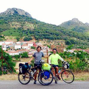 Íñigo y Andrés ya han recorrido unos 600 kilómetros.