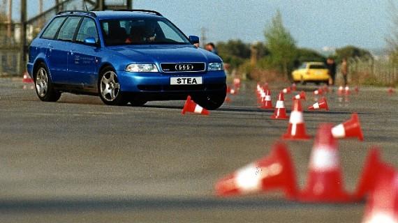 Seis universidades catalanas impartirán cursos de conducción segura a cambio de créditos