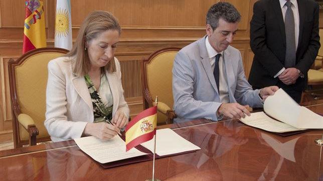 España acuerda colaborar con Argentina en materia de transporte ferroviario