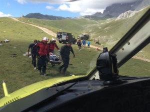 El hombre ha sido rescatado y trasladado en helicóptero. / Foto: SOS 112