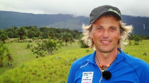 El explorador Jesús Calleja expone en la Aemet sus experiencias extremas debidas a situaciones meteorológicas