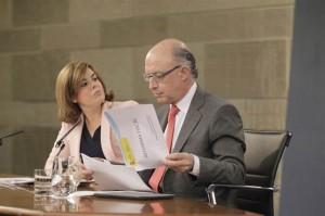 Montoro y Saenz de Santamaría, en rueda de prensa.