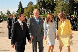 El presidente de México y su esposa junto a los Reyes. / Foto: Casa Real / Borja Fotógrafos