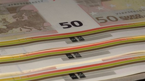 El Tesoro coloca con éxito 4.100 millones de euros en letras a tres y nueve meses