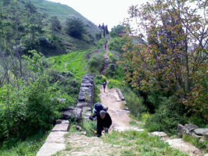 Por la vía romana.