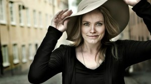 La cantante Ane Brun actuará junto a Russian Red en Murcia.