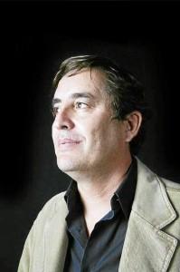 García Montero reflexiona sobre el amor sin edad en su nueva novela / Foto: Daniel Morzinsky