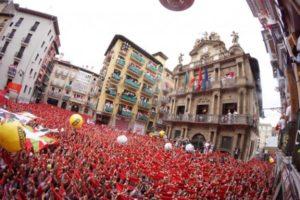 Numerosos pamploneses y turistas acuden a este evento. / Foto: www.sanfermin.com.