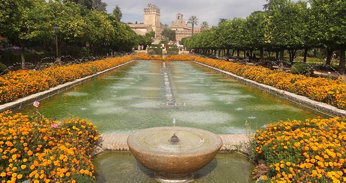 Un paseo por la historia de los Jardines del Alcázar de Córdoba