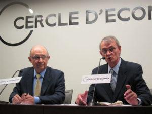 El ministro Montoro durante su conferencia en el Círculo de Economía.