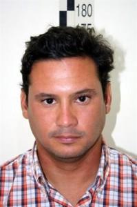 En la imagen, uno de los detenidos.