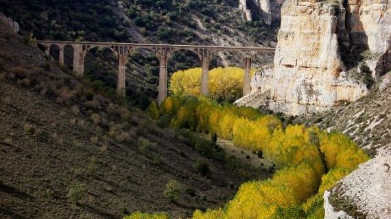 El entorno fluvial de las Hoces del Riaza estará protegido mendiante un convenio