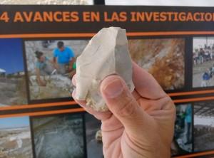 Una de las lascas que se han localizado en Fuente Nueva 3. / Foto: Sergio Ros / Iphes
