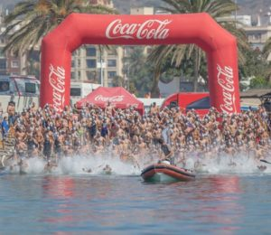 Unos 400 nadadores han participado en el evento.