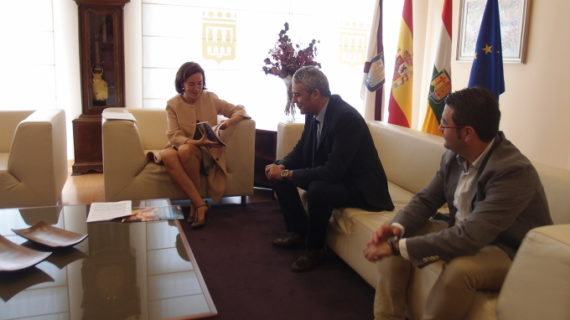 Logroño se adhiere al 'Pacto por la Infancia'