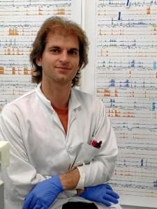 Uno de los investigadores que han llevado a cabo el descubrimiento. / Foto: ISCIII