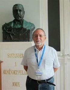 Helio Carpintero.