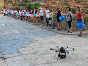 Los organizadores emplearon un dron para que hiciera fotos desde el aire. / Foto: Facebook Alcántara Mejor Rincón 2014