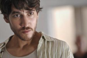 El actor Alberto Ammann en una escena de 'Celda 211'.
